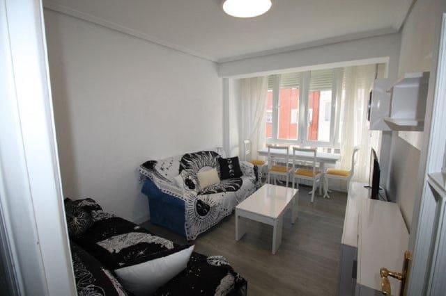 3 makuuhuone Asunto myytävänä paikassa Santander - 120 000 € (Ref: 6019900)