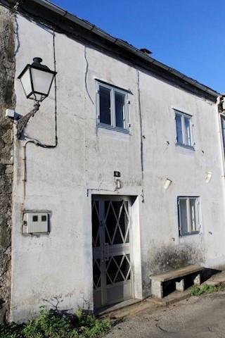 Casa de 3 habitaciones en Muras en venta - 29.000 € (Ref: 1423911)