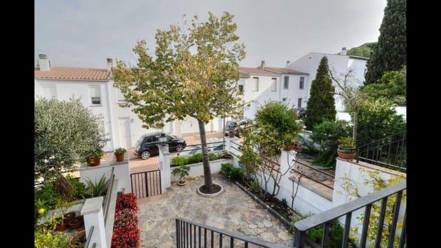 3 sypialnia Dom szeregowy na sprzedaż w S'Agaro - 295 000 € (Ref: 5503448)