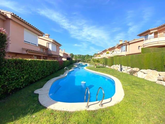 3 sypialnia Dom szeregowy na sprzedaż w Platja d'Aro z basenem - 500 000 € (Ref: 6067822)
