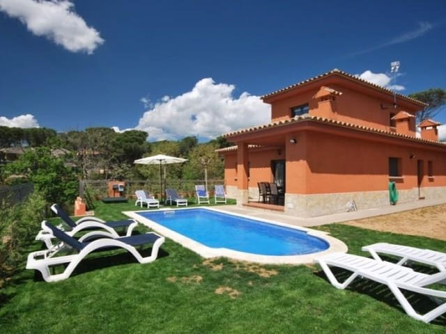 4 soverom Villa til salgs i La Goba med svømmebasseng - € 390 000 (Ref: 5236283)