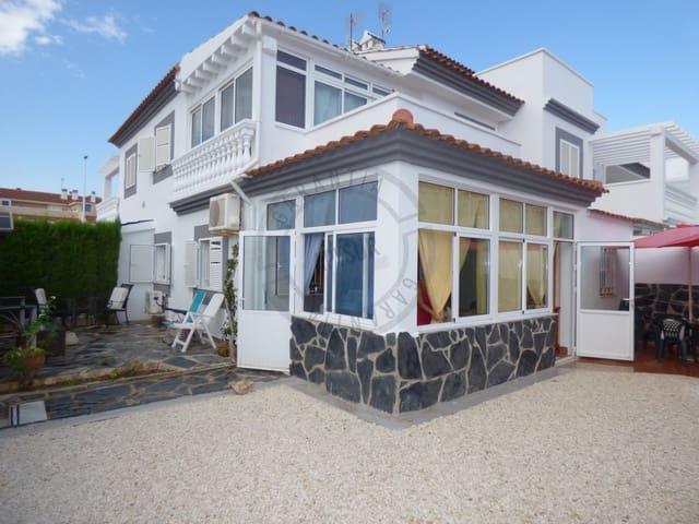 4 soverom Kjedet enebolig til salgs i La Zenia med svømmebasseng - € 212 000 (Ref: 4795995)