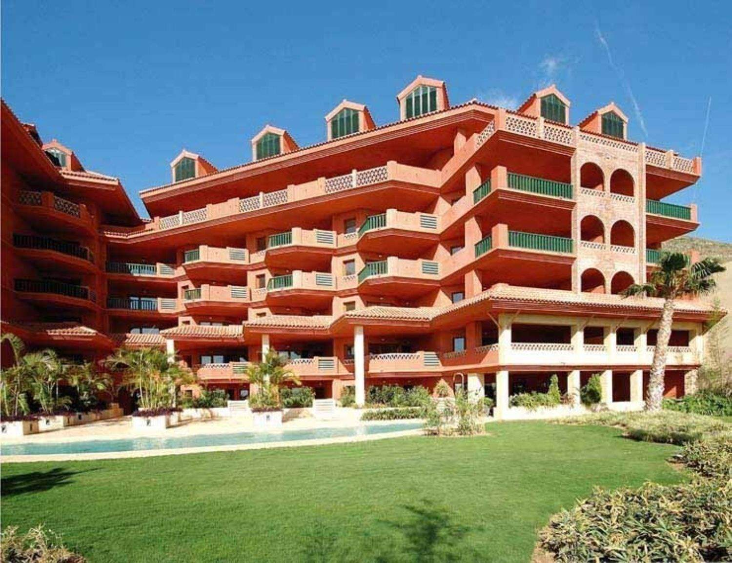 1 bedroom Apartment for sale in Benalmadena with pool garage - € 339,000 (Ref: 3522613)