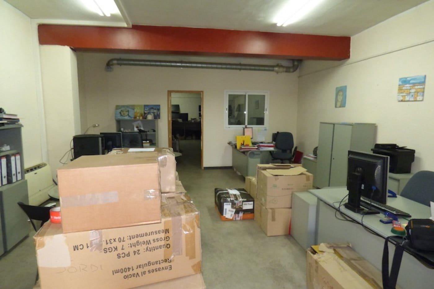 Kommersiell til salgs i Sant Feliu de Codines - € 100 000 (Ref: 5635180)