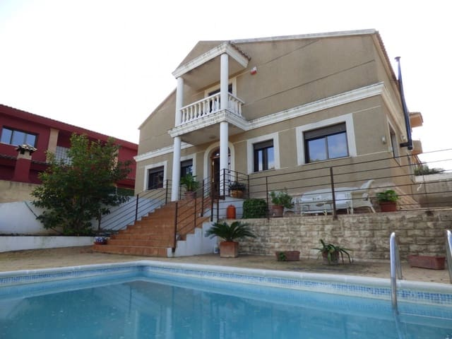4 bedroom Villa for sale in Torrent with pool garage - € 278,000 (Ref: 5716727)