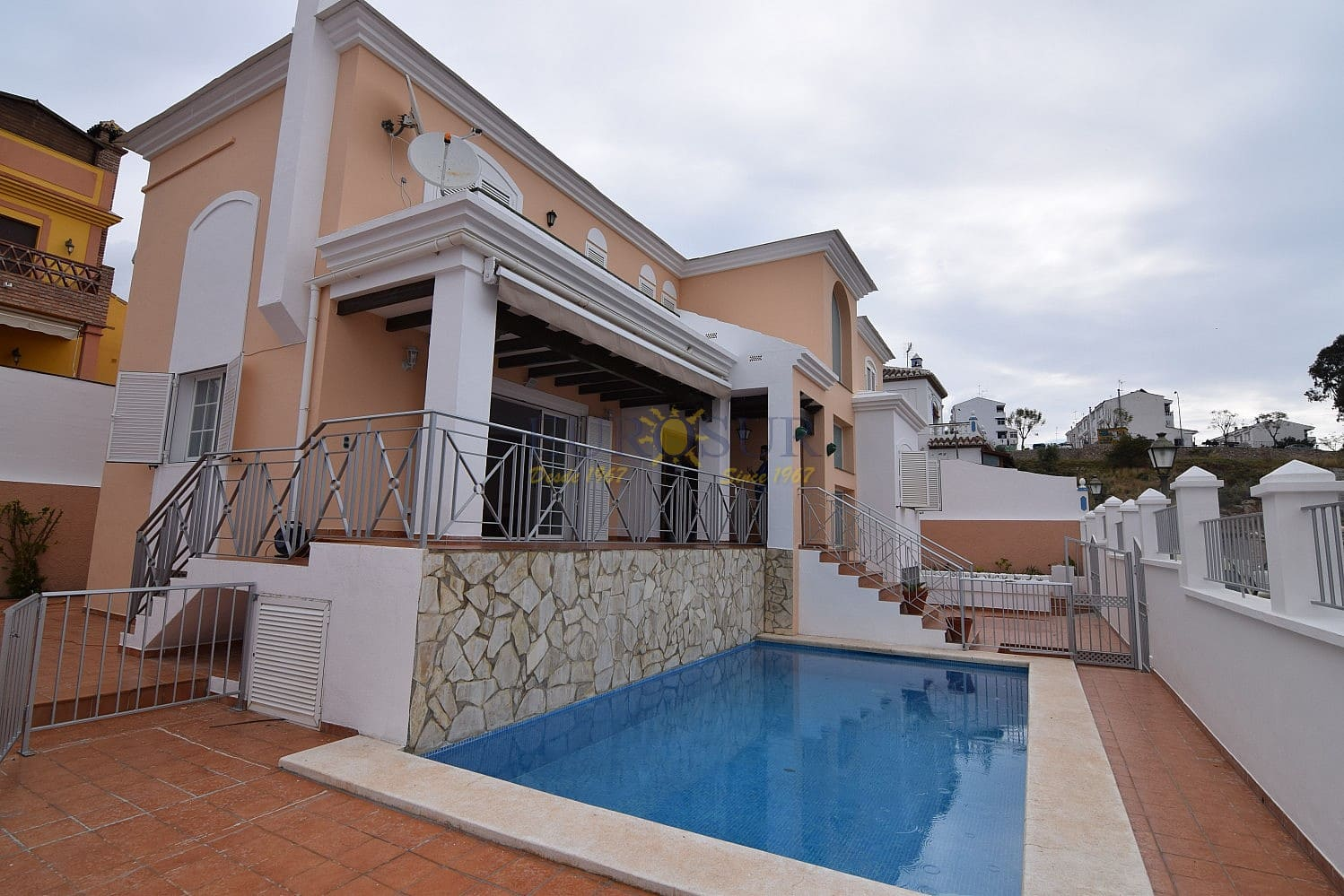 5 bedroom Townhouse for sale in Nerja with pool - € 560,000 (Ref: 4526425)
