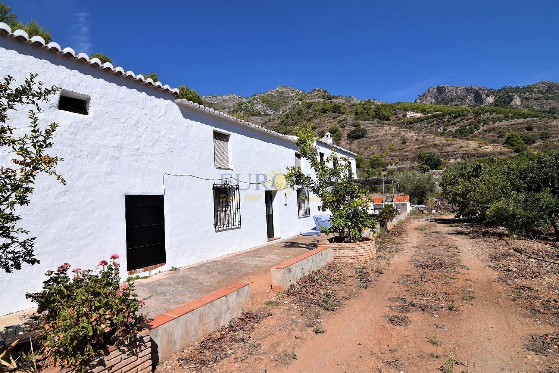 5 bedroom Townhouse for sale in Nerja - € 160,000 (Ref: 4824654)