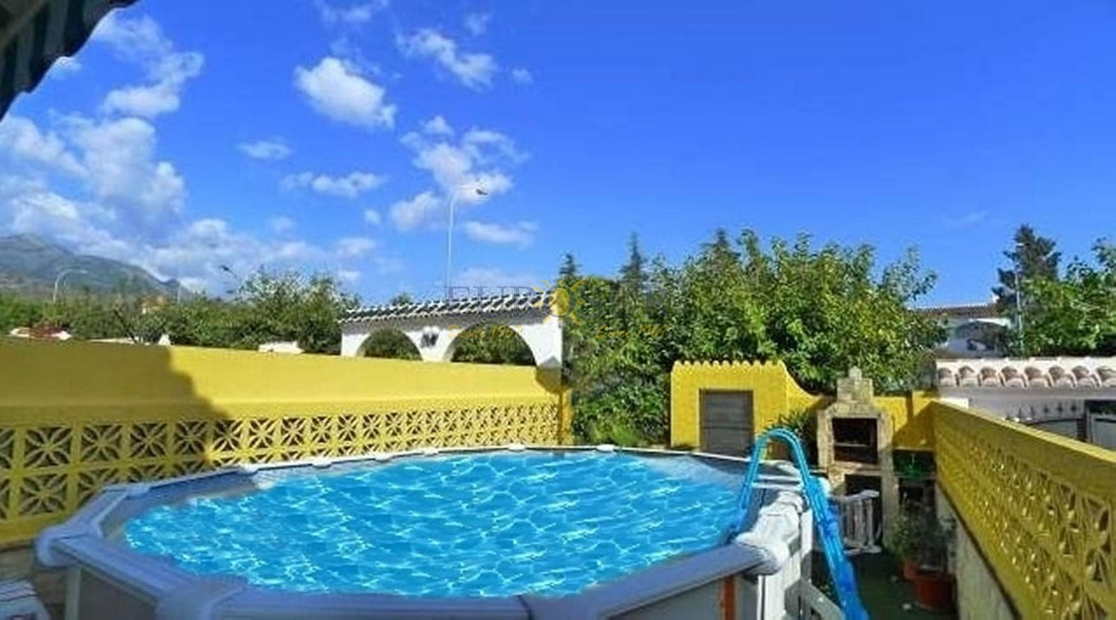 3 bedroom Townhouse for sale in Nerja with pool - € 358,000 (Ref: 4873987)