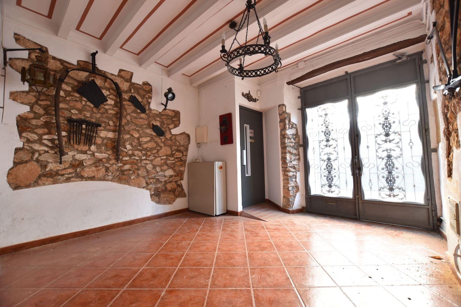 10 soverom Rekkehus til salgs i Torredembarra - € 150 000 (Ref: 5485451)