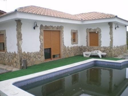 3 sovrum Bungalow till salu i San Jose de la Rabita med pool - 160 000 € (Ref: 2439836)