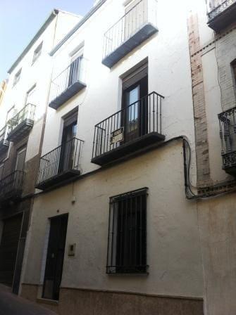 4 bedroom Townhouse for sale in Martos - € 50,000 (Ref: 2699348)