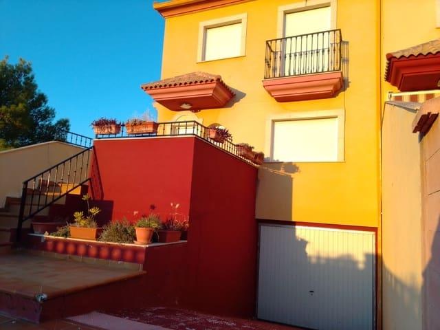 Casa de 3 habitaciones en La Guardia de Jaén en venta con piscina - 145.000 € (Ref: 5740905)
