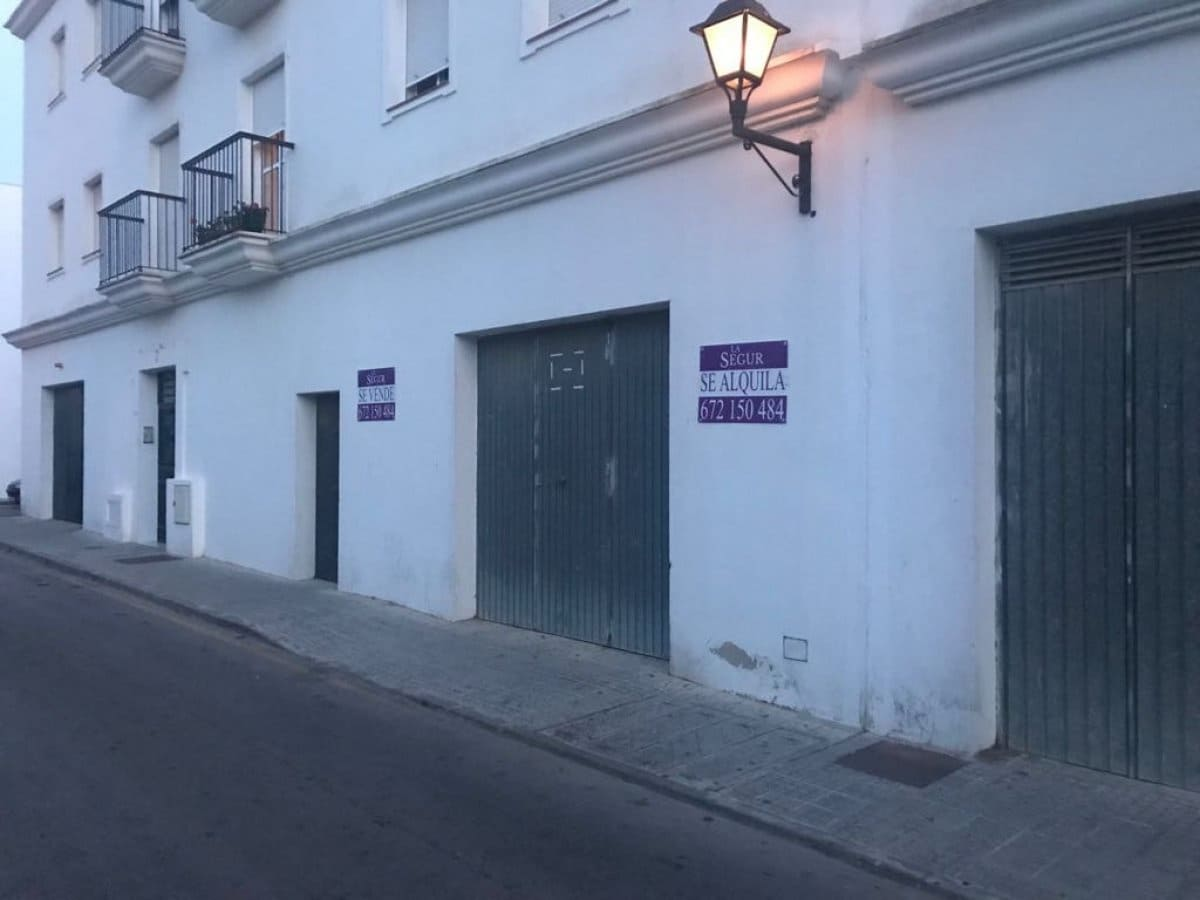 Kommersiell att hyra i Vejer de la Frontera - 450 € (Ref: 4515292)
