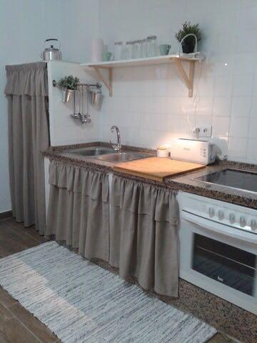 2 slaapkamer Villa te huur in Vejer de la Frontera met garage - € 500 (Ref: 5130567)