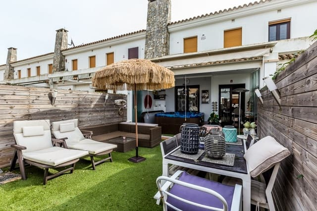 3 Zimmer Reihenhaus zu verkaufen in Conil de la Frontera mit Garage - 350.000 € (Ref: 5739481)