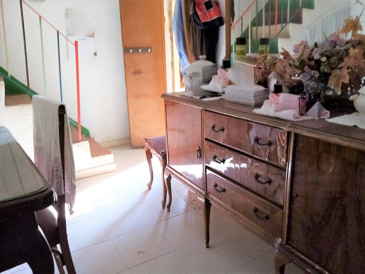 3 soveværelse Finca/Landehus til salg i Valls med swimmingpool - € 155.500 (Ref: 5669946)