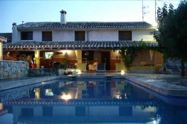 5 slaapkamer Finca/Landhuis te huur in Caravaca de la Cruz met zwembad - € 599 (Ref: 5566042)