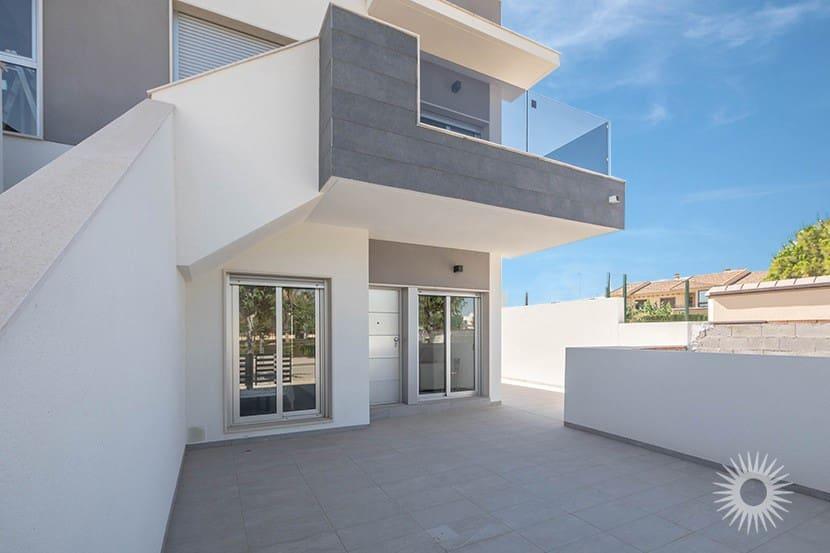 Apartamento de 2 habitaciones en Pilar de la Horadada en venta con piscina - 140.000 € (Ref: 3405871)