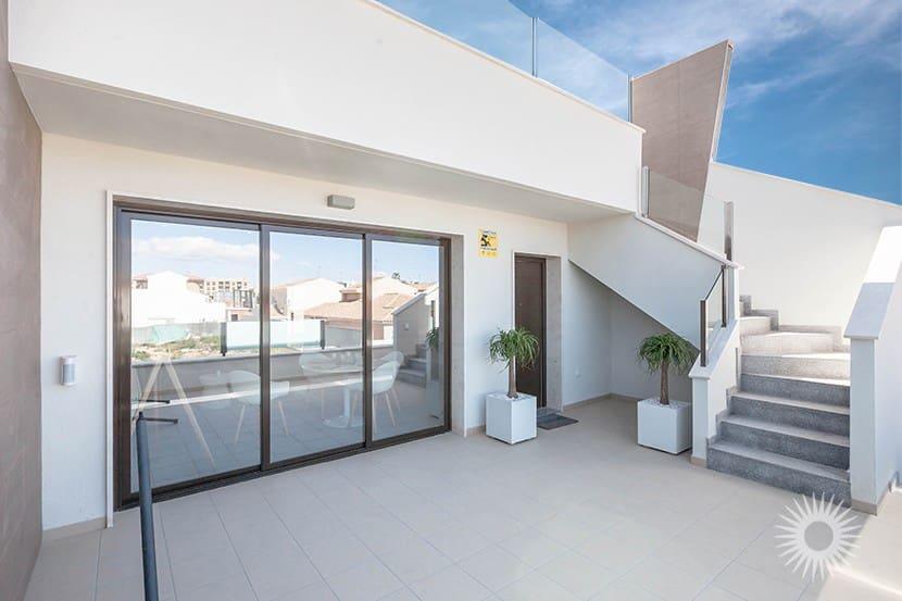 Ático de 2 habitaciones en Pilar de la Horadada en venta con piscina - 169.900 € (Ref: 3946954)