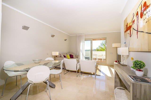 Apartamento de 2 habitaciones en Las Colinas Golf en venta con piscina - 239.900 € (Ref: 4371443)