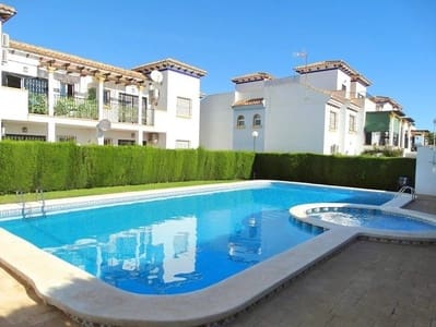 3 bedroom Penthouse for sale in La Zenia with pool - € 109,500 (Ref: 4783359)
