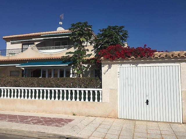Casa de 3 habitaciones en Playa Flamenca en venta con piscina - 129.750 € (Ref: 4854279)