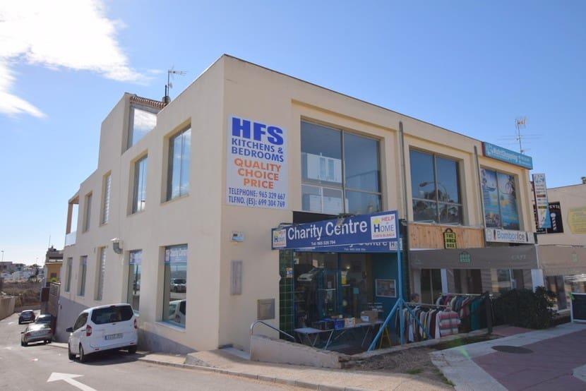 Local Comercial en Playa Flamenca en venta - 156.000 € (Ref: 4911871)