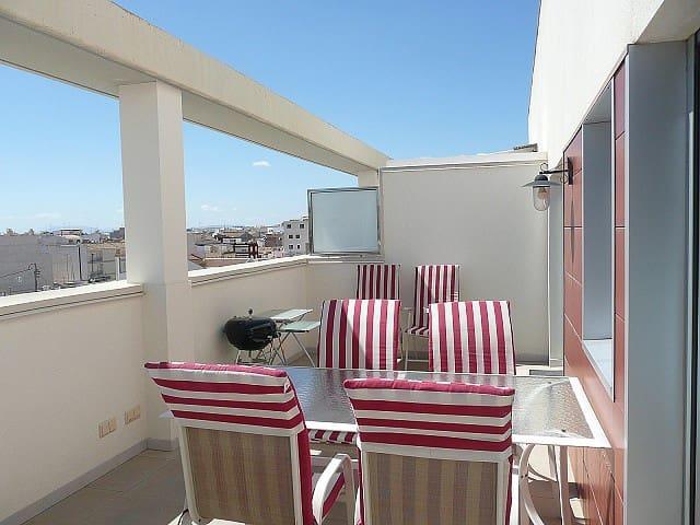 Ático de 2 habitaciones en Pilar de la Horadada en venta con piscina - 139.000 € (Ref: 5001184)