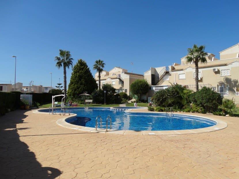 Casa de 2 habitaciones en Playa Flamenca en venta con piscina - 122.000 € (Ref: 5022594)