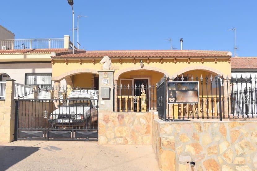 Bungalow de 3 habitaciones en Pilar de la Horadada en venta con piscina - 139.000 € (Ref: 5043012)