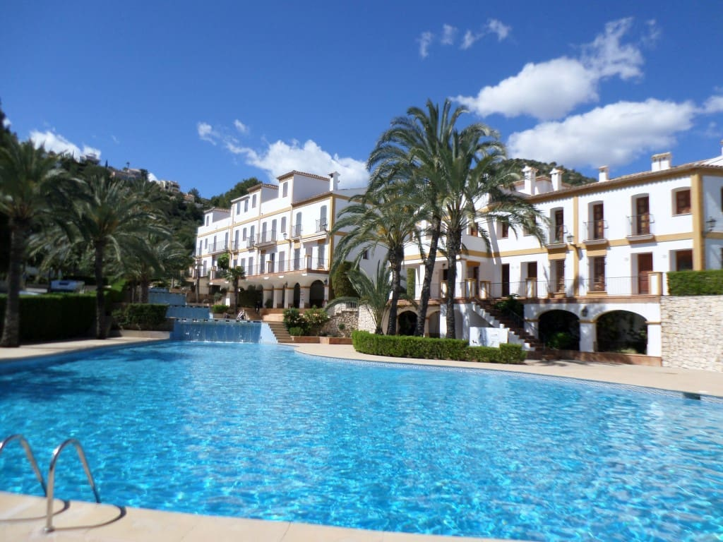 2 bedroom Apartment for sale in La Sella with pool - € 110,000 (Ref: 4949692)