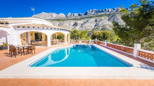 4 soveværelse Villa til salg i Altea la Vella med swimmingpool garage - € 590.000 (Ref: 5948308)