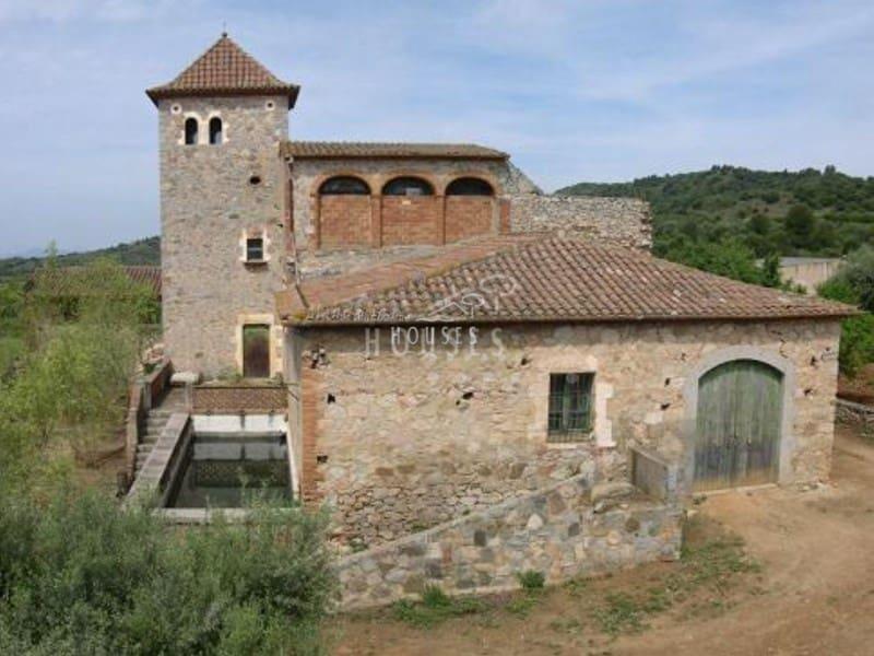 Finca/Casa Rural de 30 habitaciones en Falset en venta - 3.000.000 € (Ref: 3419816)