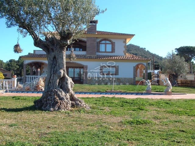 5 soveværelse Villa til salg i Tordera med swimmingpool garage - € 695.000 (Ref: 3419842)