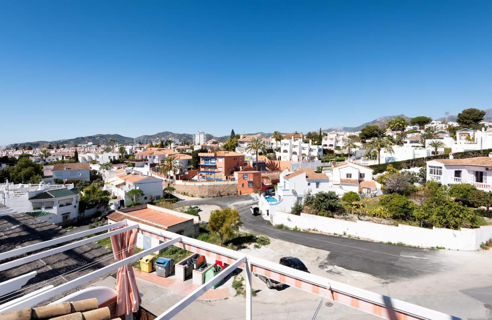 3 bedroom Apartment for sale in Nerja with garage - € 359,000 (Ref: 4501045)