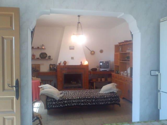 3 sovrum Finca/Hus på landet till salu i Los Nudos med pool - 95 000 € (Ref: 5239266)