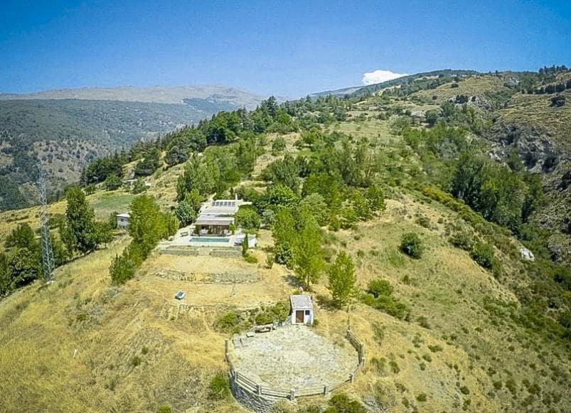 6 chambre Finca/Maison de Campagne à vendre à Soportujar avec piscine - 295 000 € (Ref: 5455739)