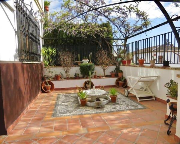 6 quarto Casa em Banda para venda em Granada cidade com garagem - 750 000 € (Ref: 5455810)