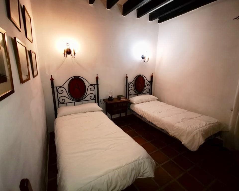 13 bedroom Commercial for sale in Alcala de Guadaira - € 2,100,000 (Ref: 5803081)