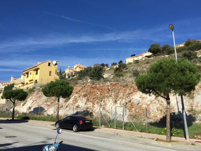 Building Plot for sale in Benalmadena - € 170,000 (Ref: 5128128)