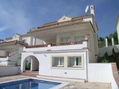4 Zimmer Villa zu verkaufen in Las Lagunas de Mijas mit Pool Garage - 435.000 € (Ref: 5927294)