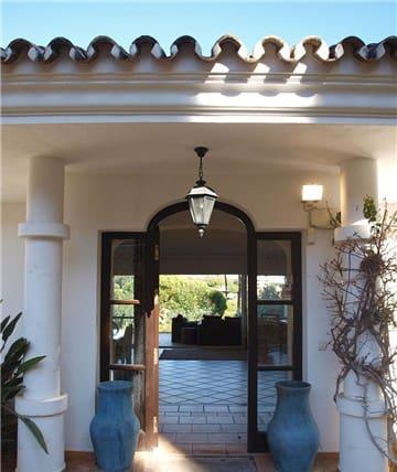 3 slaapkamer Villa te huur in Marbella met zwembad garage - € 5.000 (Ref: 3966900)