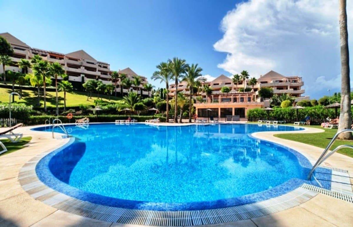 2 slaapkamer Appartement te huur in Benahavis met zwembad garage - € 1.500 (Ref: 4102414)