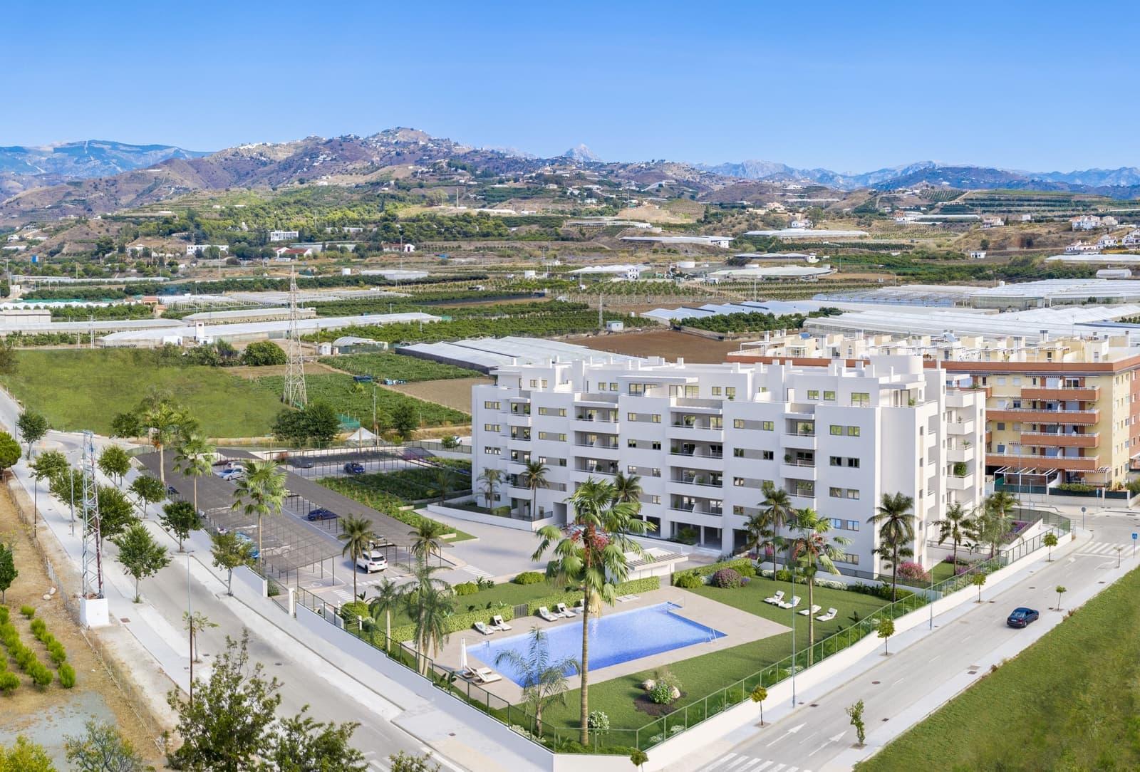 3 sypialnia Penthouse na sprzedaż w Algarrobo Costa z basenem - 235 000 € (Ref: 5923869)