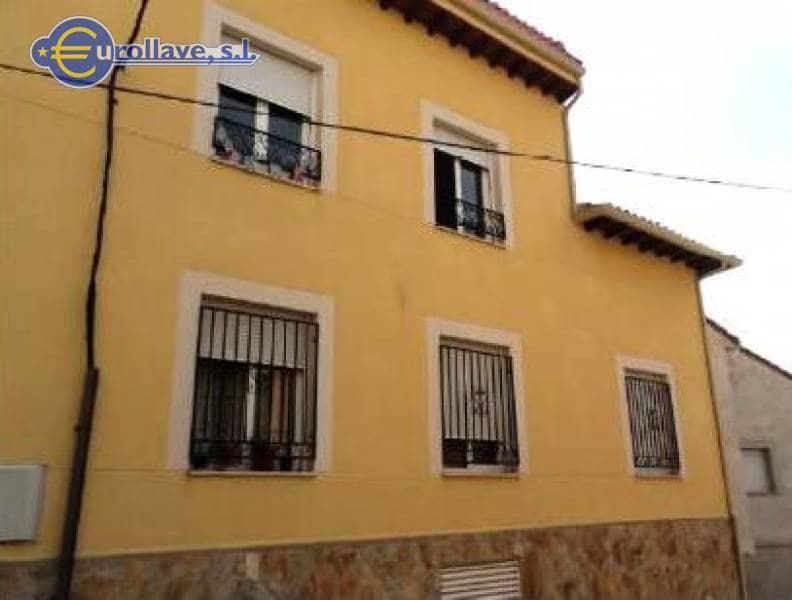 Piso de 2 habitaciones en El Molar en venta con garaje - 90.000 € (Ref: 1737451)