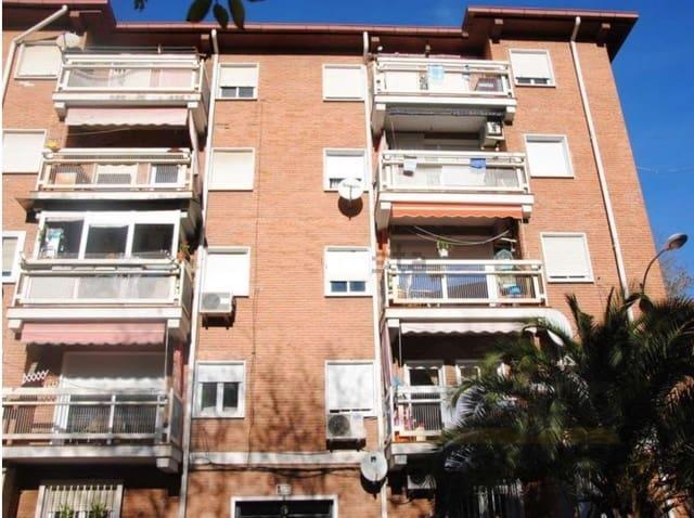 3 bedroom Flat for sale in Alcala de Henares - € 99,000 (Ref: 2168251)