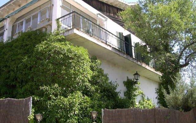 3 makuuhuone Huvila myytävänä paikassa Las Navas del Marques mukana  autotalli - 150 000 € (Ref: 3273374)