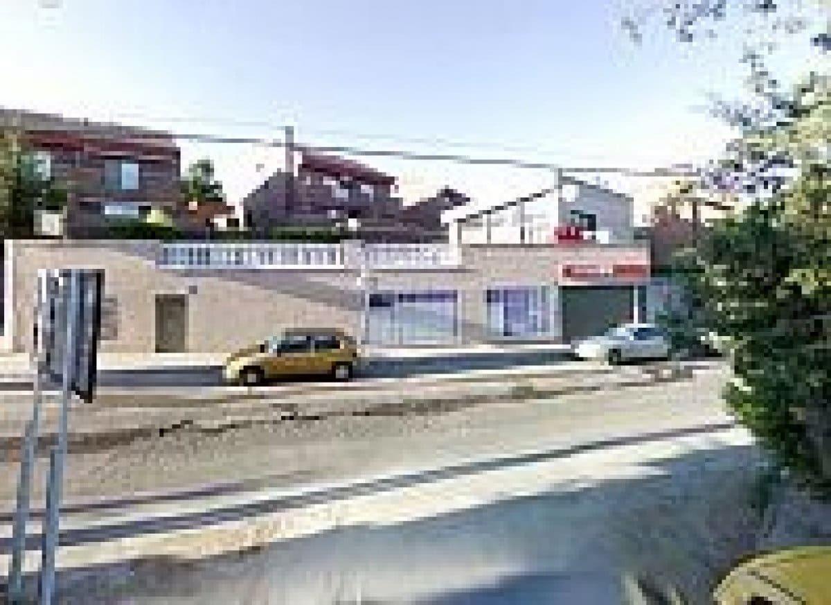 Local Comercial en Paracuellos de Jarama en venta - 128.000 € (Ref: 3915030)
