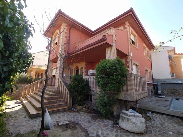 Chalet de 4 habitaciones en Ciempozuelos en venta con piscina garaje - 300.000 € (Ref: 5872497)