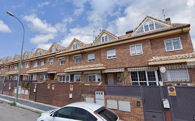 Piso de 3 habitaciones en Valdemoro en venta con piscina garaje - 295.000 € (Ref: 5959132)